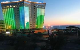 2-комнатная квартира, 54 м², 3/5 этаж помесячно, 13-й мкр 20 за 120 000 〒 в Актау, 13-й мкр