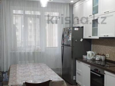 3-комнатная квартира, 101 м², 2/14 этаж, Туркестан за 43.5 млн 〒 в Нур-Султане (Астана), Есиль р-н — фото 11