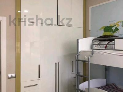 4-комнатная квартира, 144 м², 1/9 этаж, Ивана Панфилова 11 за 69 млн 〒 в Нур-Султане (Астана) — фото 5