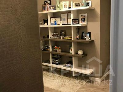 4-комнатная квартира, 144 м², 1/9 этаж, Ивана Панфилова 11 за 69 млн 〒 в Нур-Султане (Астана) — фото 3