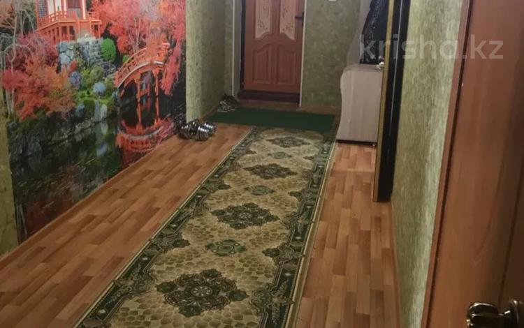 2-комнатная квартира, 72 м², 1/5 этаж помесячно, Мерей 24а за 100 000 〒 в