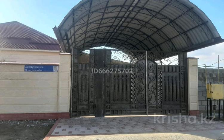6-комнатный дом, 120 м², 8 сот., мкр Кайтпас 2, Досмухамедов 1101 за 45 млн 〒 в Шымкенте, Каратауский р-н