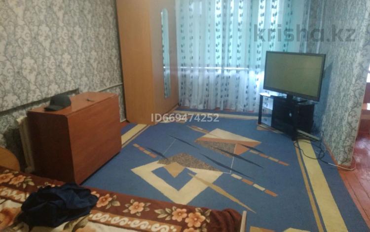 1-комнатная квартира, 32 м², 2/5 этаж, Ул.ленина 14 за 7 млн 〒 в Балхаше