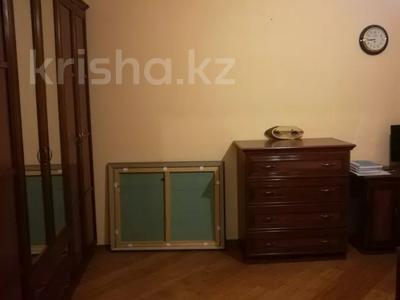 4-комнатная квартира, 126 м², 2/6 этаж, Бараева 21 за 37 млн 〒 в Нур-Султане (Астана), р-н Байконур — фото 8
