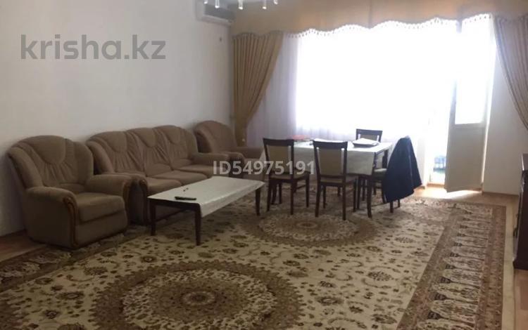 4-комнатная квартира, 160 м², 6/12 этаж помесячно, Динмухамеда Кунаева 14 за 300 000 〒 в Нур-Султане (Астана), Есиль р-н