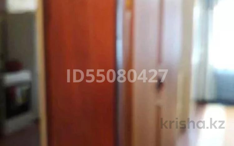 1-комнатная квартира, 38 м², 1/9 этаж, Ермекова 114 за 7.1 млн 〒 в Караганде, Казыбек би р-н