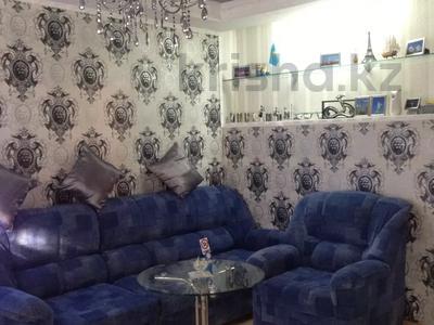 2-комнатная квартира, 47 м², 3/5 этаж помесячно, 7 микрорайон 34 за 97 500 〒 в Темиртау