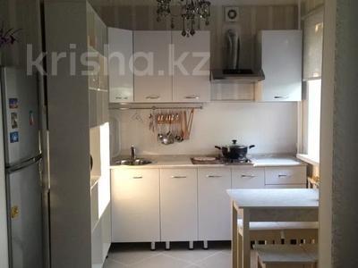 2-комнатная квартира, 47 м², 3/5 этаж помесячно, 7 микрорайон 34 за 97 500 〒 в Темиртау — фото 3