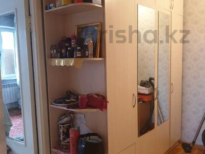 1-комнатная квартира, 37 м², 5/7 этаж, мкр Аксай-1А, Мкр Аксай-1А за 13.5 млн 〒 в Алматы, Ауэзовский р-н — фото 3