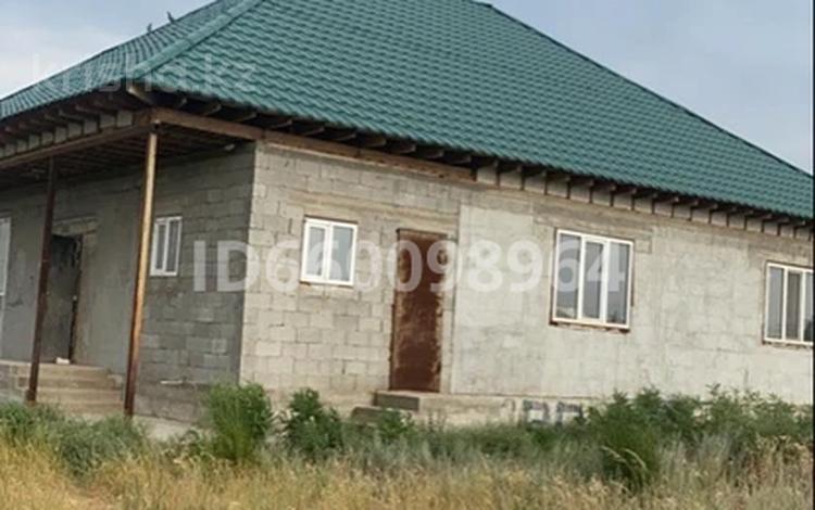 5-комнатный дом, 180 м², 10 сот., Вторая линия 2 за 6 млн 〒 в Жалкамысе