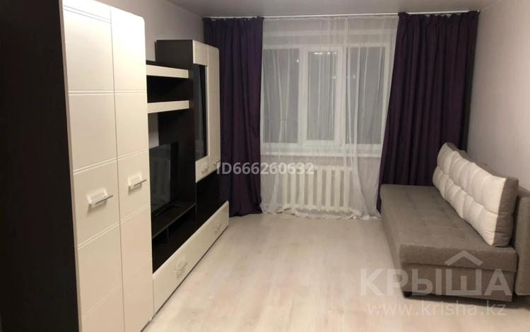 2-комнатная квартира, 42 м², 2/3 этаж помесячно, Манаса 87 за 200 000 〒 в Алматы, Бостандыкский р-н