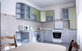 3-комнатная квартира, 90 м², 6/9 этаж помесячно, Сатпаева 48В за 250 000 〒 в Атырау