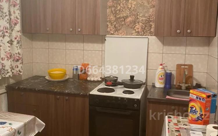 1-комнатная квартира, 37 м², 3/5 этаж помесячно, Сатпаева 8/1 за 70 000 〒 в Усть-Каменогорске