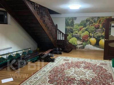 6-комнатный дом помесячно, 360 м², 10 сот., Оркен 50 за 280 000 〒 в Кыргауылдах — фото 4
