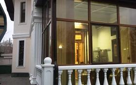 7-комнатный дом помесячно, 504 м², 15 сот., Караоткель 1 за 2.5 млн 〒 в Нур-Султане (Астана), Есиль р-н