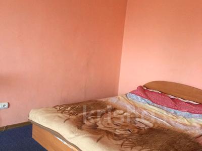 1-комнатная квартира, 35 м² посуточно, улица Казахстан 65 за 4 500 〒 в Усть-Каменогорске