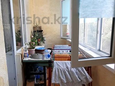 3-комнатная квартира, 62.3 м², 5/5 этаж, Самал 7мкр 56 — Сейфуллина за 10 млн 〒 в Таразе — фото 8