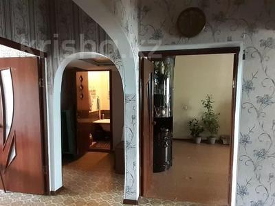 3-комнатная квартира, 62.3 м², 5/5 этаж, Самал 7мкр 56 — Сейфуллина за 10 млн 〒 в Таразе — фото 2