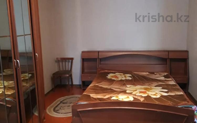 1-комнатная квартира, 32 м², 3/4 этаж, Казыбек би за 9.5 млн 〒 в Таразе