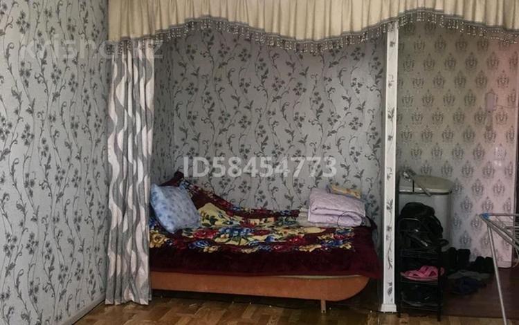 1-комнатная квартира, 33 м², 2/5 этаж, Самал 48 за 5.7 млн 〒 в Таразе