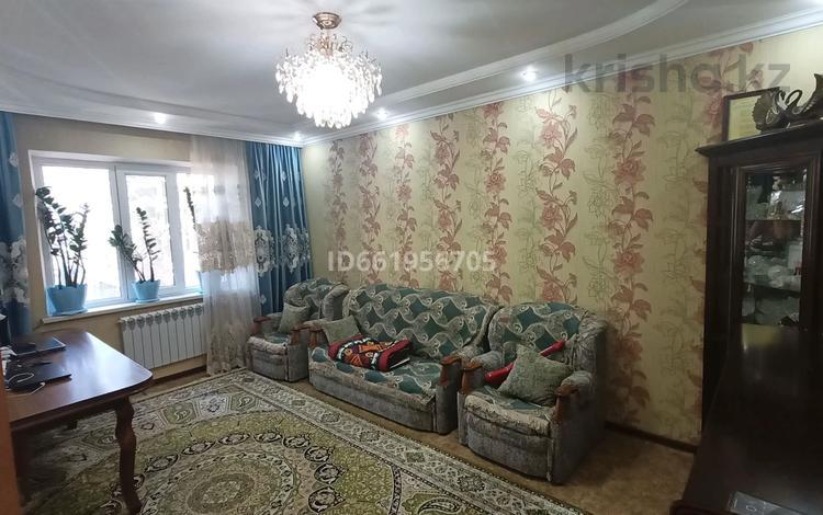 3-комнатная квартира, 70 м², 3/5 этаж, Аса 35 за 16 млн 〒 в Таразе