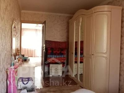 2-комнатная квартира, 43 м², 4/4 этаж, мкр №1, Мкр №1 73 — Жубанова за 16.5 млн 〒 в Алматы, Ауэзовский р-н — фото 11