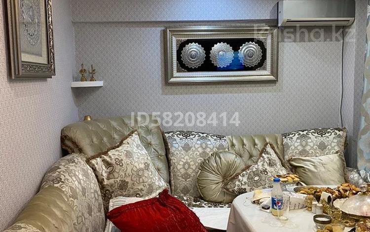 3-комнатная квартира, 100 м², 1/7 этаж, мкр Мамыр-3 7 за 35 млн 〒 в Алматы, Ауэзовский р-н