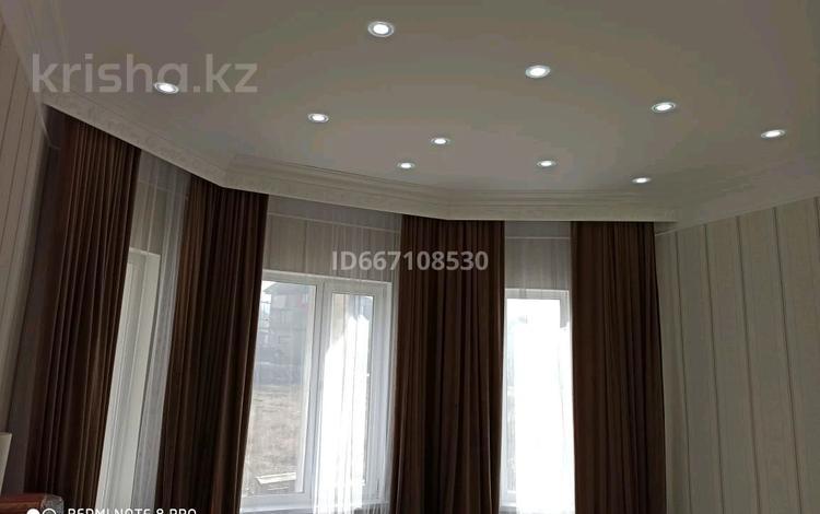 6-комнатный дом, 185 м², 6 сот., Акжар за 38 млн 〒 в Алматы, Наурызбайский р-н