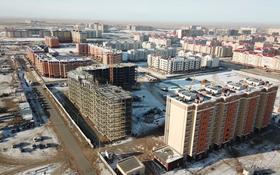 2-комнатная квартира, 60 м², 7/9 этаж, мкр. Батыс-2, Халела Досмухамедулы 11л за 13 млн 〒 в Актобе, мкр. Батыс-2