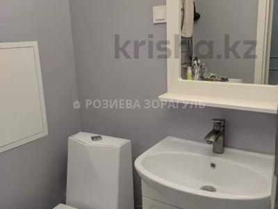 2-комнатная квартира, 66 м², 2/4 этаж, Омаровой за 35 млн 〒 в Алматы, Медеуский р-н — фото 14