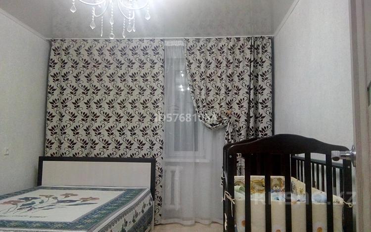 2-комнатная квартира, 50 м², 9/9 этаж, Естая 142 — проспект Нурсултана Назарбаева за 11.5 млн 〒 в Павлодаре