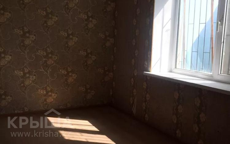3-комнатный дом помесячно, 50 м², 6 сот., 11-й микрорайон, ул. Ак-су 94 — Торекулова за 70 000 〒 в Шымкенте, Енбекшинский р-н