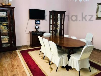 3-комнатная квартира, 170 м², 14/30 этаж посуточно, Аль-Фараби 7 за 40 000 〒 в Алматы, Медеуский р-н — фото 3