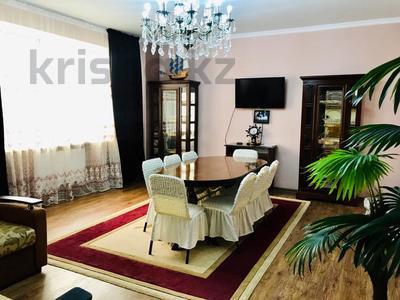 3-комнатная квартира, 170 м², 14/30 этаж посуточно, Аль-Фараби 7 за 40 000 〒 в Алматы, Медеуский р-н — фото 29