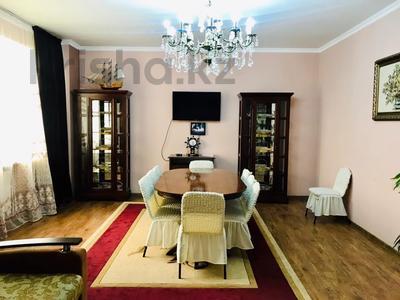 3-комнатная квартира, 170 м², 14/30 этаж посуточно, Аль-Фараби 7 за 40 000 〒 в Алматы, Медеуский р-н — фото 36