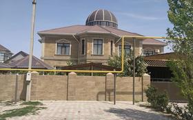 9-комнатный дом помесячно, 700 м², 10 сот., 30 мкр. 39 дом за 1.5 млн 〒 в Актау