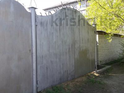 6-комнатный дом, 220 м², 5 сот., Менжинского 110 — Севастопольская за 8 млн 〒 в Семее