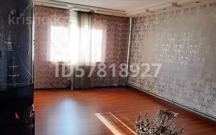 12-комнатный дом, 150 м², 15 сот., Киргизбаева 35А за 30 млн 〒 в Шу