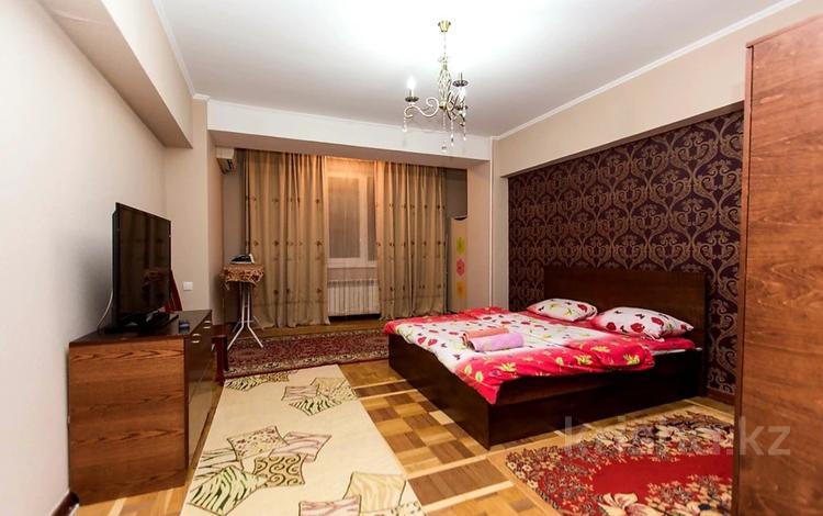 2-комнатная квартира, 43 м², 2/4 этаж посуточно, Гоголя 77 /78 — Панфилова за 15 000 〒 в Алматы, Алмалинский р-н