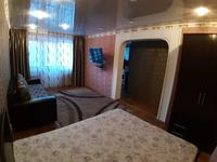 1-комнатная квартира, 35 м², 3/5 этаж по часам, 1 МАЯ 8 за 500 〒 в Павлодаре