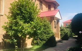 6-комнатный дом помесячно, 340 м², 10 сот., мкр Шугыла за 1 млн 〒 в Алматы, Наурызбайский р-н