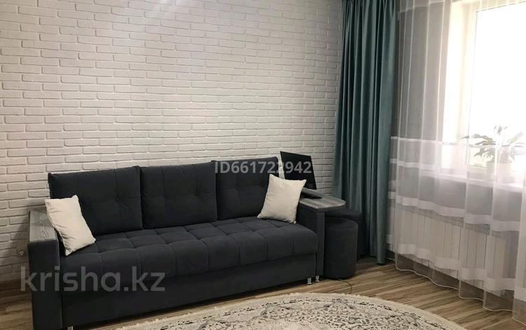 1-комнатная квартира, 37 м², 4/12 этаж, Е-22 2 — E-51 за 16 млн 〒 в Нур-Султане (Астана), Есиль р-н