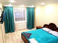 1-комнатная квартира, 32 м², 4/5 этаж посуточно, мкр. 4, 4 мкр 15 за 8 000 〒 в Уральске, мкр. 4