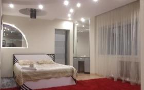 2-комнатная квартира, 75 м², 15/20 этаж по часам, Кошкарбаева 10/1 за 2 500 〒 в Нур-Султане (Астана), Есиль р-н