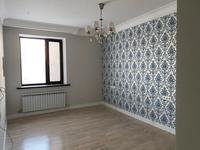 3-комнатная квартира, 93 м², 5/10 этаж, Касыма Аманжолова 24 за 49.5 млн 〒 в Нур-Султане (Астане), Алматы р-н