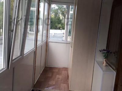 3-комнатная квартира, 76 м², 2/4 этаж, Бульвар Мира 11 — Ерубаев за 30 млн 〒 в Караганде, Казыбек би р-н — фото 5