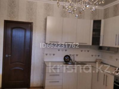 7-комнатный дом, 150 м², 5 сот., Баянаульская за 55 млн 〒 в Алматы, Жетысуский р-н