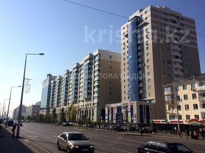 2-комнатная квартира, 81 м², 4 этаж, проспект Сарыарка — Сакена Сейфуллина за 23.5 млн 〒 в Нур-Султане (Астана), Сарыаркинский р-н