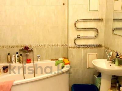2-комнатная квартира, 81 м², 4 этаж, проспект Сарыарка — Сакена Сейфуллина за 23.5 млн 〒 в Нур-Султане (Астана), Сарыаркинский р-н — фото 11