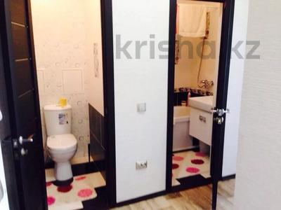 2-комнатная квартира, 55 м², 4/5 этаж, Молдагуловой 17/1 за 14 млн 〒 в Усть-Каменогорске — фото 14